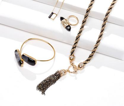 40% OffAll Jewelry @ Sole Society