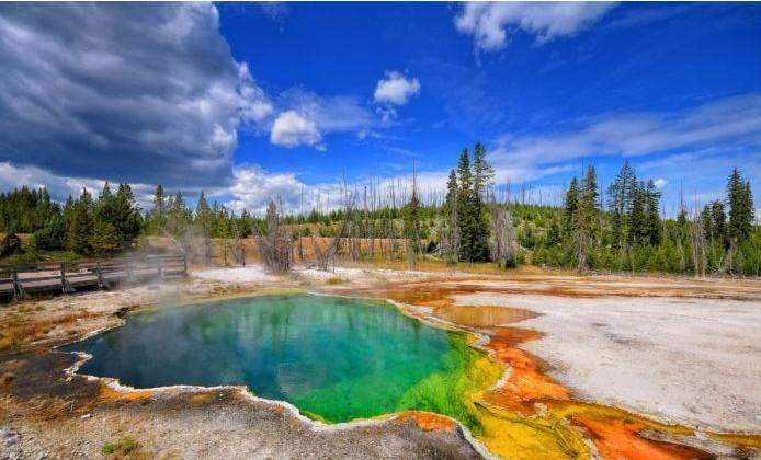From $1369Flying between beijing and LA to Yellowstone National Park 9 Day Tour @iTuxing