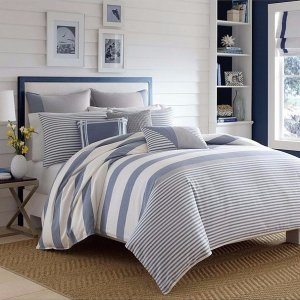 60% Off + Extra 25% Off Select Bedding Sale @ Bon-Ton