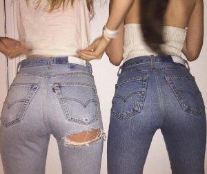 立享8折 收Mother、Re/Done牛仔裤Revolve Clothing 精选女装、包袋及配饰热卖