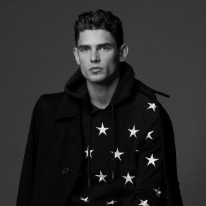 Up to 50% OFFSandro Paris Men's T-Shrits Sweaters Sale