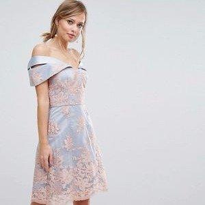 正价8折Chi Chi London 全线美裙热卖