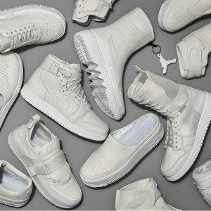 新品上市! 小白鞋穿个够Nike 又出新系列啦,The 1 Reimagined 系列简直太好看,小白鞋控看过来