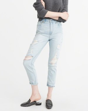 Last Day: Up to 70% OffBottoms @ Abercrombie & Fitch