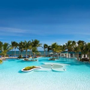 From $168/N + Weekend DiscountSt. Lucia  Luxury  All-Incl Resort with Transfers & Credit 60% Off