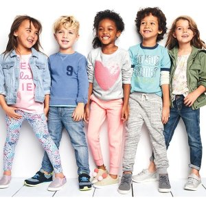 打底裤/T恤$5.95 牛仔裤$7.95起折扣升级:Oshkosh官网 儿童早春新款服饰全场促销