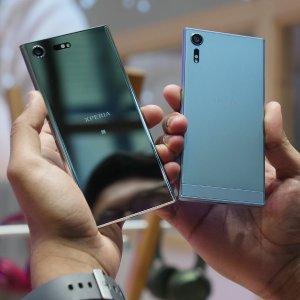 $319.99 1000fps超慢速摄影Sony Xperia XZs 64GB 双卡双待解锁版智能手机 - 蓝色或银色