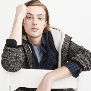 Up to 70% OFFAbercrombie & Fitch Men's Clothing Sale