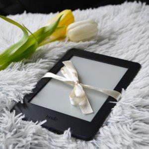 低至$59.99Amazon Kindle 电子阅读器 - 最有意义的情人节礼物